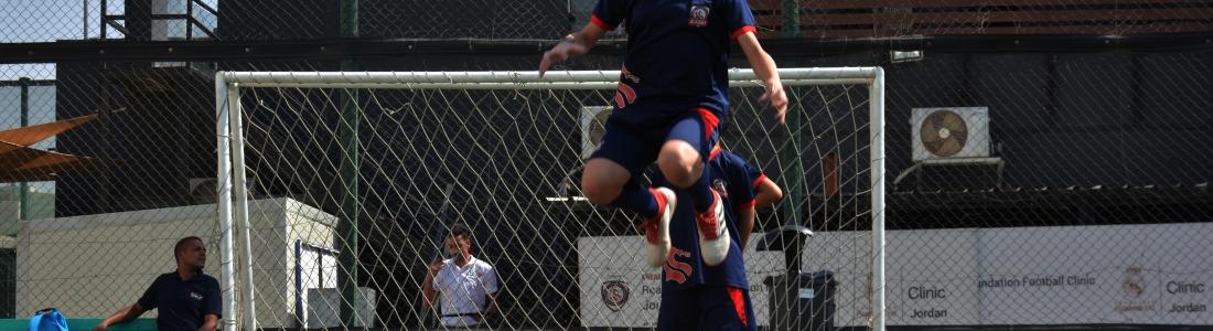 girls-football-team